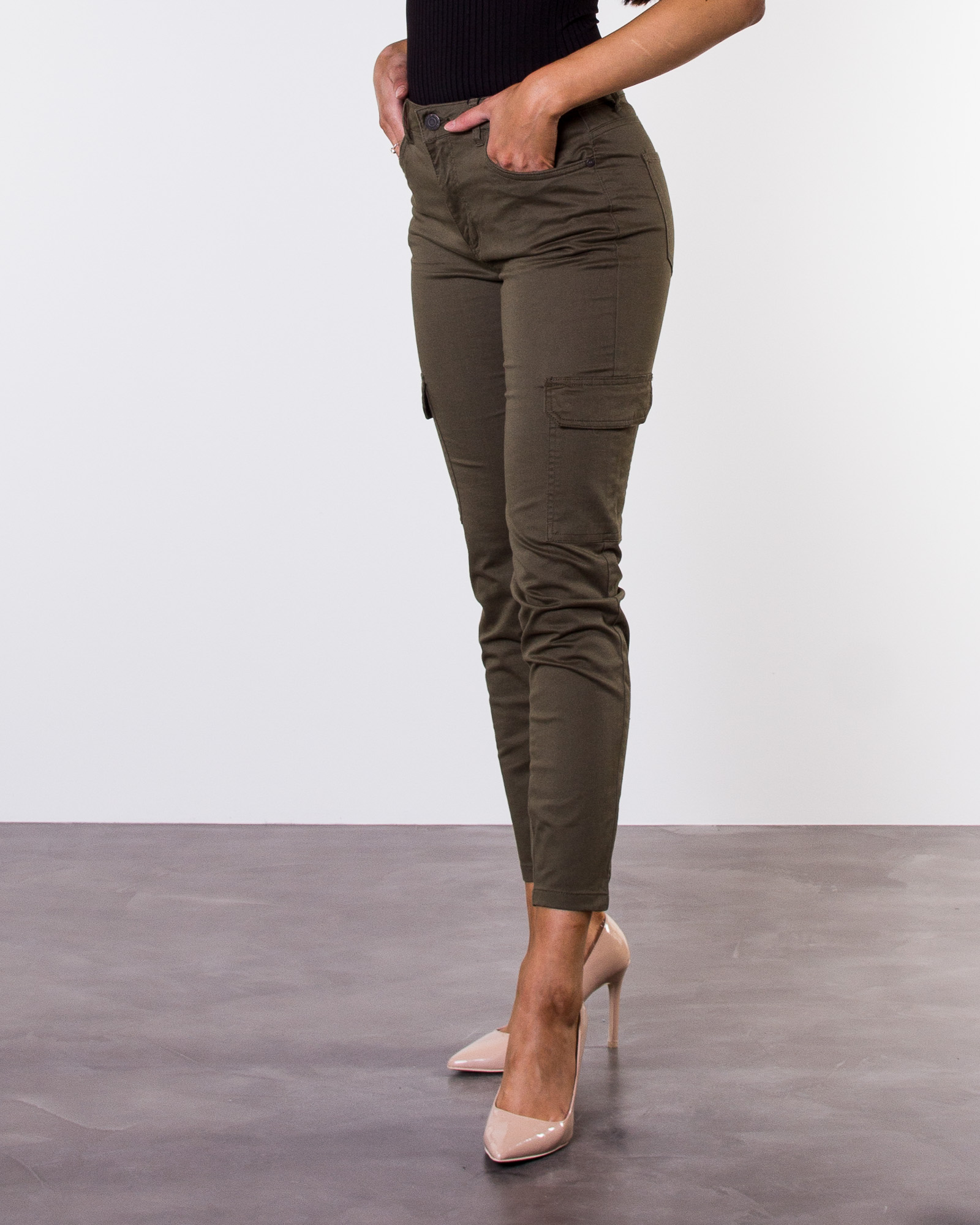 cargo pants naiset