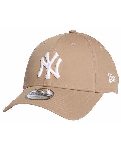 9Forty Seasonal New York Yankees Beige 47f6dfd31c