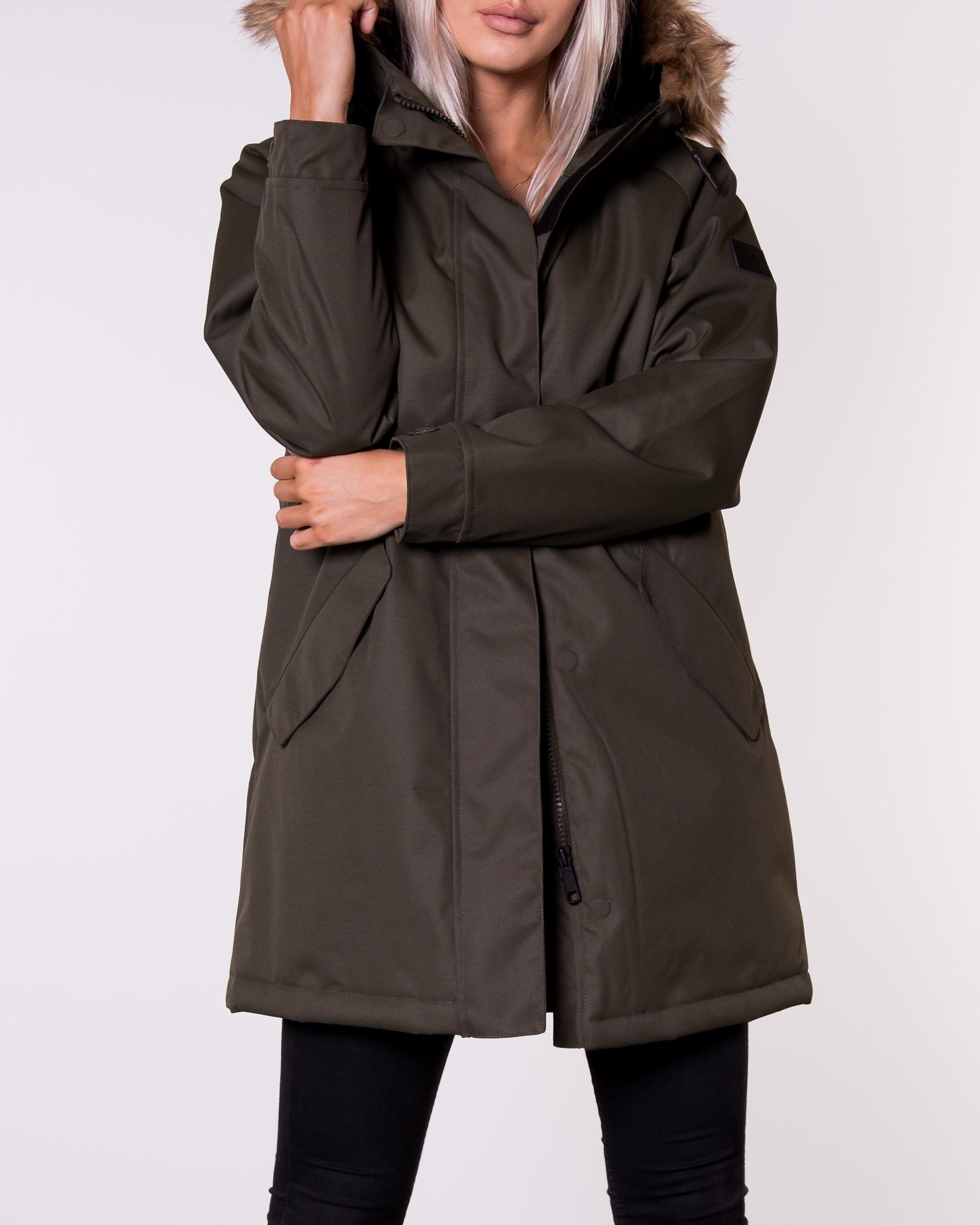 tiedot myydään maailmanlaajuisesti Uudet tuotteet Makia, Raglan Parka Green   Naisten Takit   HOUSEOFBRANDON.COM