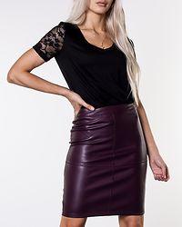 Pen New Skirt Winetasting