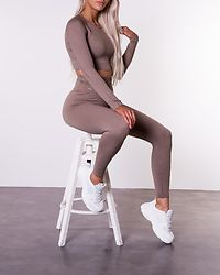 Espresso Ribbed Seamless Crop Long Sleeve Brown