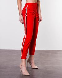 Iza Solid Ankle Pant Fiery Red/Cloud Dancer